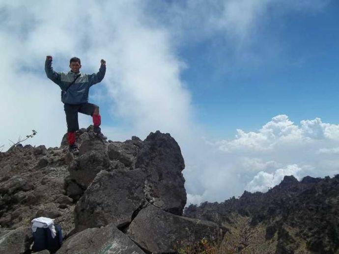 Puncak Buntu Gunung Sumbing 3371 Mdpl